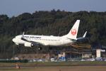 おみずさんが、福岡空港で撮影した日本航空 737-846の航空フォト(写真)