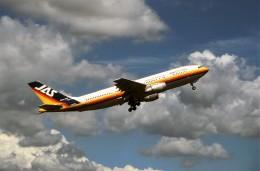 ハミングバードさんが、名古屋飛行場で撮影した日本エアシステム A300B4-2Cの航空フォト(飛行機 写真・画像)