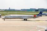 xingyeさんが、ワルシャワ・フレデリック・ショパン空港で撮影したスカンジナビア航空 CL-600-2D24 Regional Jet CRJ-900LRの航空フォト(写真)