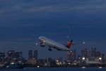 take_2014さんが、羽田空港で撮影したデルタ航空の航空フォト(飛行機 写真・画像)