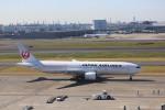 meijeanさんが、羽田空港で撮影した日本航空 777-289の航空フォト(写真)