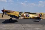 MOR1(新アカウント)さんが、ダックスフォード飛行場で撮影したuntitled 349 Spitfire LF5Cの航空フォト(写真)