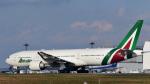 パンダさんが、成田国際空港で撮影したアリタリア航空 777-2Q8/ERの航空フォト(写真)