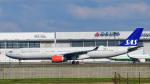 パンダさんが、成田国際空港で撮影したスカンジナビア航空 A330-343Eの航空フォト(飛行機 写真・画像)