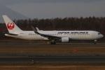 たみぃさんが、新千歳空港で撮影した日本航空 767-346/ERの航空フォト(写真)