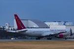 Mochi7D2さんが、横田基地で撮影したオムニエアインターナショナル 767-3Q8/ERの航空フォト(写真)