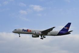 bakurochoさんが、成田国際空港で撮影したフェデックス・エクスプレス 757-236(SF)の航空フォト(飛行機 写真・画像)
