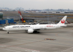 voyagerさんが、羽田空港で撮影した日本航空 777-346/ERの航空フォト(飛行機 写真・画像)
