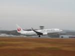 そら33さんが、広島空港で撮影した日本航空 737-846の航空フォト(飛行機 写真・画像)