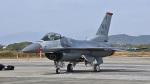 オキシドールさんが、築城基地で撮影したアメリカ空軍 F-16CM-50-CF Fighting Falconの航空フォト(写真)