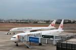 T.Sazenさんが、伊丹空港で撮影した日本航空 777-346の航空フォト(写真)