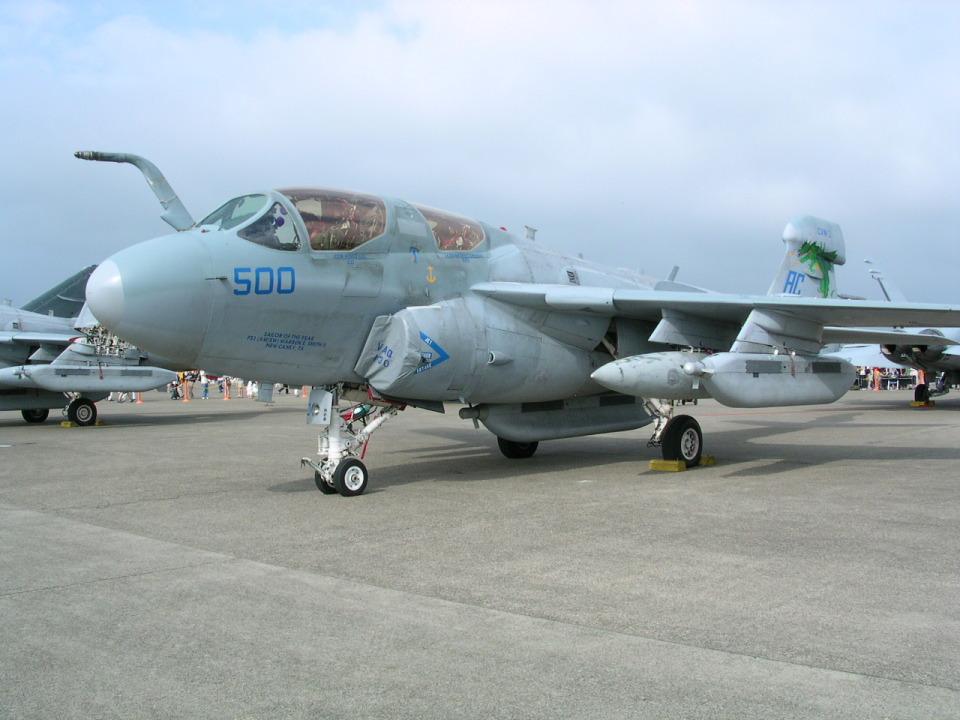 けろんさんのアメリカ海兵隊 Grumman A-6 (162938) 航空フォト
