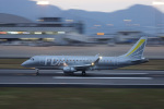 神宮寺ももさんが、高松空港で撮影したフジドリームエアラインズ ERJ-170-200 (ERJ-175STD)の航空フォト(写真)