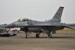 たっしーさんが、新田原基地で撮影したアメリカ空軍 F-16CM-50-CF Fighting Falconの航空フォト(写真)