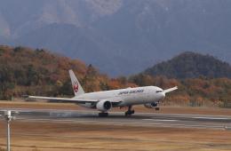 anagumaさんが、広島空港で撮影した日本航空 777-346/ERの航空フォト(飛行機 写真・画像)