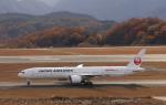 anagumaさんが、広島空港で撮影した日本航空 777-346/ERの航空フォト(写真)