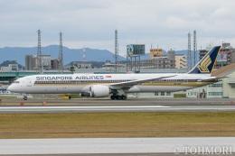 遠森一郎さんが、福岡空港で撮影したシンガポール航空 787-10の航空フォト(写真)