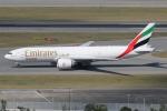 taka777さんが、香港国際空港で撮影したエミレーツ航空 777-F1Hの航空フォト(写真)