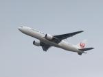 なまくら はげるさんが、羽田空港で撮影した日本航空 777-246の航空フォト(写真)