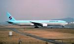 ハミングバードさんが、名古屋飛行場で撮影した大韓航空 777-3B5の航空フォト(写真)