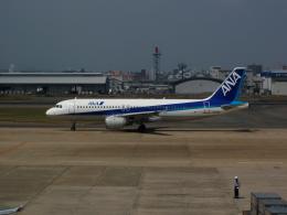 デデゴンさんが、福岡空港で撮影した全日空 A320-211の航空フォト(飛行機 写真・画像)