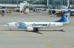 IL-18さんが、ミュンヘン・フランツヨーゼフシュトラウス空港で撮影したエジプト航空 737-866の航空フォト(写真)