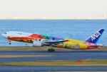 あしゅーさんが、羽田空港で撮影した全日空 777-281/ERの航空フォト(写真)