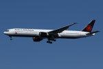 isiさんが、羽田空港で撮影したエア・カナダ 777-333/ERの航空フォト(写真)