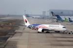 JA946さんが、関西国際空港で撮影したマレーシア航空 A350-941XWBの航空フォト(写真)
