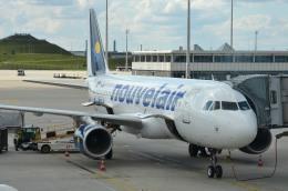 IL-18さんが、ミュンヘン・フランツヨーゼフシュトラウス空港で撮影したヌーべルエア・チュニジア A320-214の航空フォト(飛行機 写真・画像)