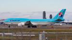 ぱん_くまさんが、成田国際空港で撮影した大韓航空 747-8B5の航空フォト(写真)