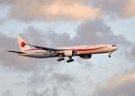 鈴鹿@風さんが、千歳基地で撮影した航空自衛隊 777-3SB/ERの航空フォト(写真)
