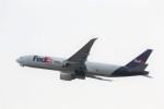 T.Sazenさんが、関西国際空港で撮影したフェデックス・エクスプレス 777-FS2の航空フォト(写真)