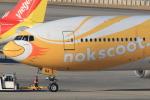 キイロイトリさんが、関西国際空港で撮影したノックスクート 777-212/ERの航空フォト(写真)