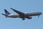 木人さんが、成田国際空港で撮影したユナイテッド航空 777-222の航空フォト(写真)