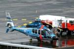 じーのさんさんが、八丈島空港で撮影した警視庁 EC155B1の航空フォト(写真)