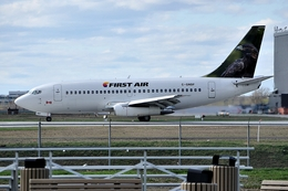 aircanadafunさんが、モントリオール・ピエール・エリオット・トルドー国際空港で撮影したファースト・エア 737-25A/Advの航空フォト(飛行機 写真・画像)