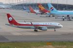 MA~RUさんが、関西国際空港で撮影した四川航空 A320-214の航空フォト(写真)