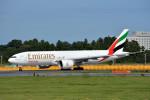 トロピカルさんが、成田国際空港で撮影したエミレーツ航空 777-F1Hの航空フォト(写真)