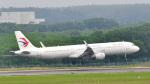 パンダさんが、新千歳空港で撮影した中国東方航空 A321-211の航空フォト(写真)