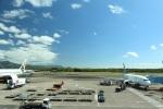 レガシィさんが、ケアンズ空港で撮影したシルクエア 737-8SAの航空フォト(写真)