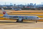 we love kixさんが、伊丹空港で撮影した日本航空 767-346/ERの航空フォト(写真)