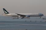 taka777さんが、香港国際空港で撮影したキャセイパシフィック航空 777-367の航空フォト(写真)
