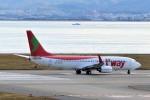 T.Sazenさんが、関西国際空港で撮影したティーウェイ航空 737-8BKの航空フォト(飛行機 写真・画像)