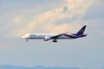 T.Sazenさんが、関西国際空港で撮影したタイ国際航空 777-3D7/ERの航空フォト(飛行機 写真・画像)