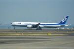 kumagorouさんが、羽田空港で撮影した全日空 777-381/ERの航空フォト(写真)