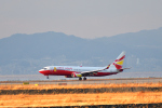 T.Sazenさんが、関西国際空港で撮影した雲南祥鵬航空 737-8ALの航空フォト(飛行機 写真・画像)