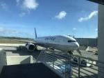 たかサスケさんが、アントニオ・B・ウォン・パット国際空港で撮影したユナイテッド航空 737-824の航空フォト(写真)