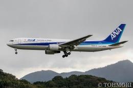 遠森一郎さんが、福岡空港で撮影した全日空 767-381/ERの航空フォト(飛行機 写真・画像)