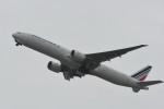 kuro2059さんが、関西国際空港で撮影したエールフランス航空 777-328/ERの航空フォト(飛行機 写真・画像)